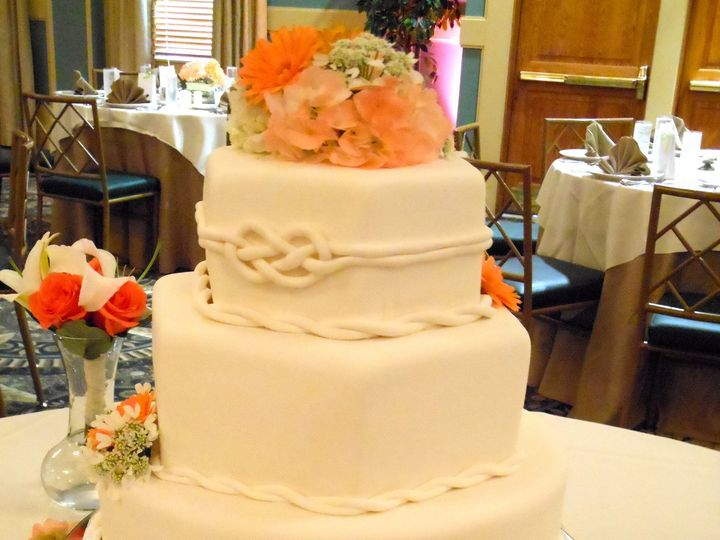 Tmx 1467163049794 Dscn2615 Milford wedding cake