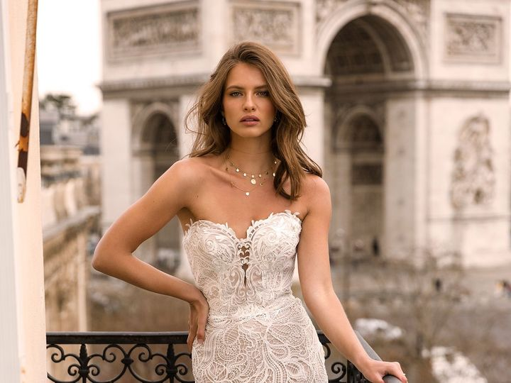 Tmx Ivy Ml7419 Full Heavy Lace Gown With Sweetheart Neckline Zip Up Back And Detachable Off Shoulder Lace Straps Wedding Dress Madi Lane Bridal6 51 82688 1565701803 Buffalo, NY wedding dress
