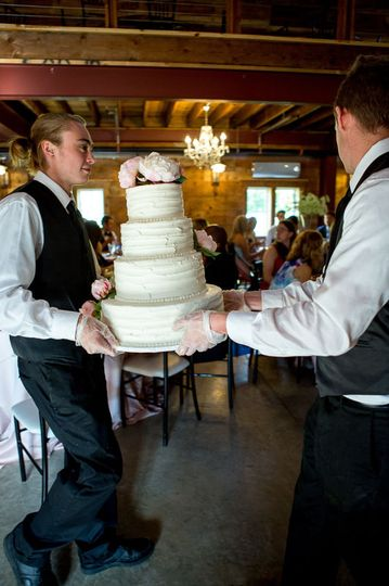 Trusted Cake Carriers