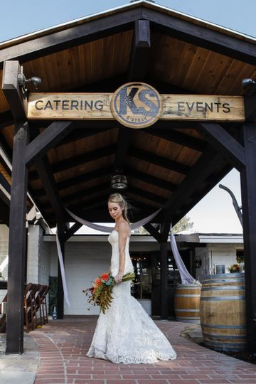 800x800 1476491442781 ks front sign with bride