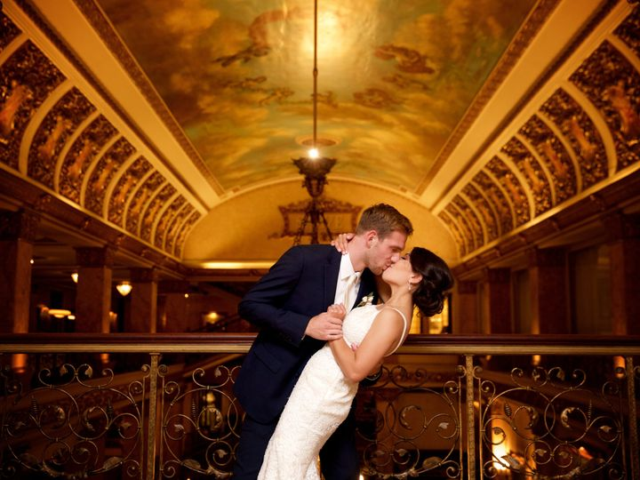 Tmx Portraits0369 51 328688 Milwaukee, WI wedding venue