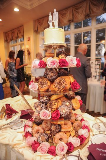 Five tier doughnut tray