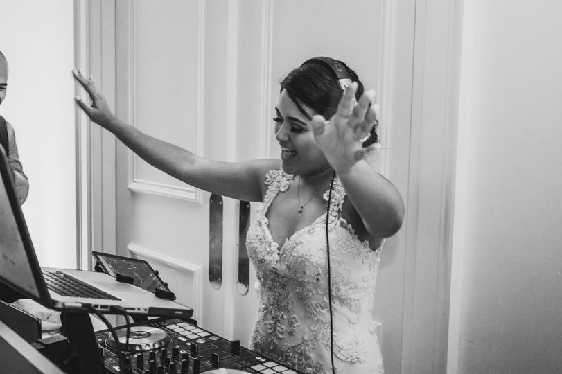 DJ BRIDE@kaitlynamyphotography