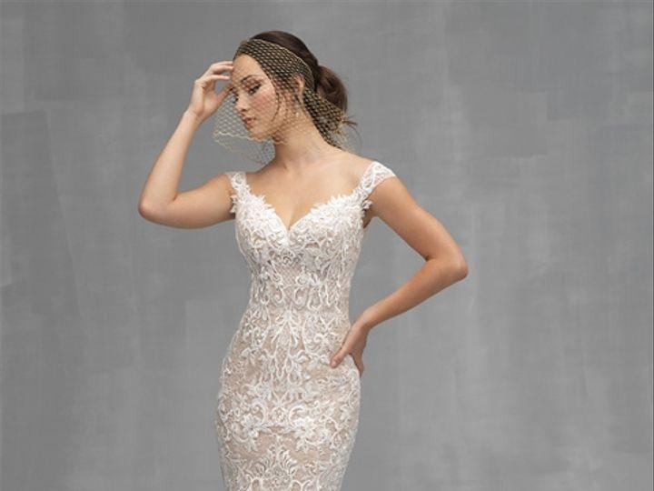 Tmx 7 C529f2 51 2788 V1 Cedar Grove, New Jersey wedding dress