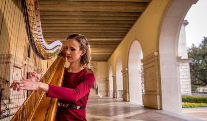 Brittany Burns, Harpist