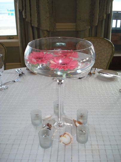 Atlantic Beach Club, Newport, RI. Guest table centerpiece