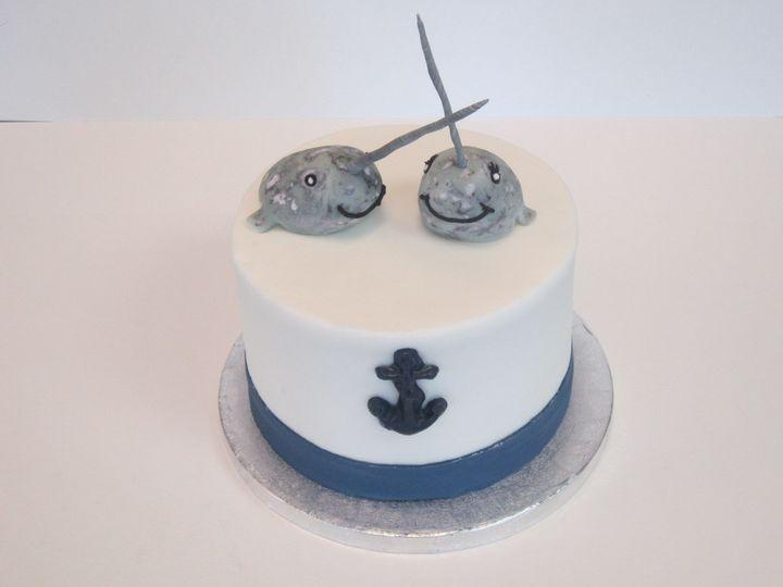 Nar whale wedding cake