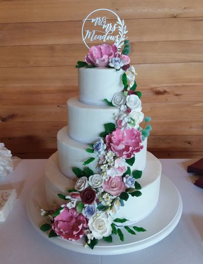 meadows wedding cake 51 405788 159188913737446