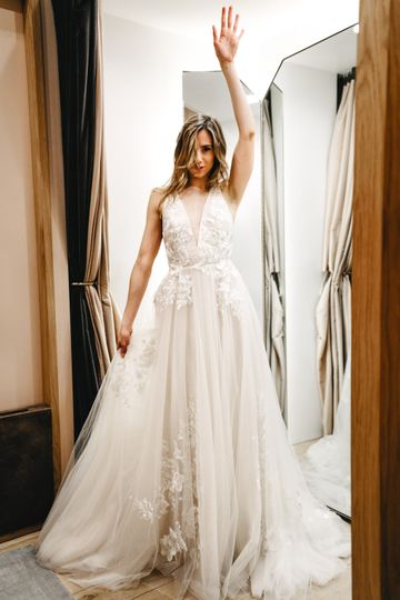 Lovely Bride Leighton2