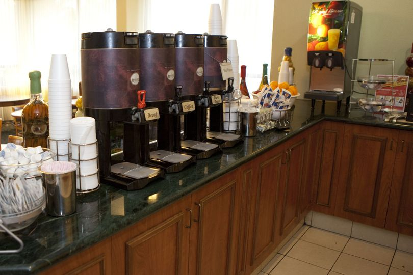Breakfast Display, Complimentary Deluxe Continental Breakfast is included in your Rate.