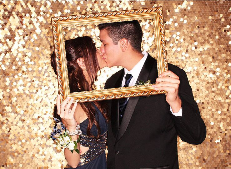 c087889d006a3b67 1440619130746 tampa event photo booth prom dance 2