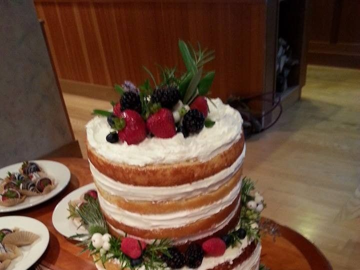 Tmx 1452549239918 105996468125853854416472932141503058009599n Laconia wedding cake