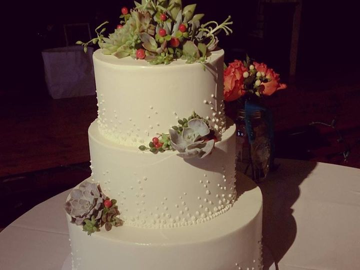 Tmx 1452549366230 118366949990883867913453490386219883966623n Laconia wedding cake
