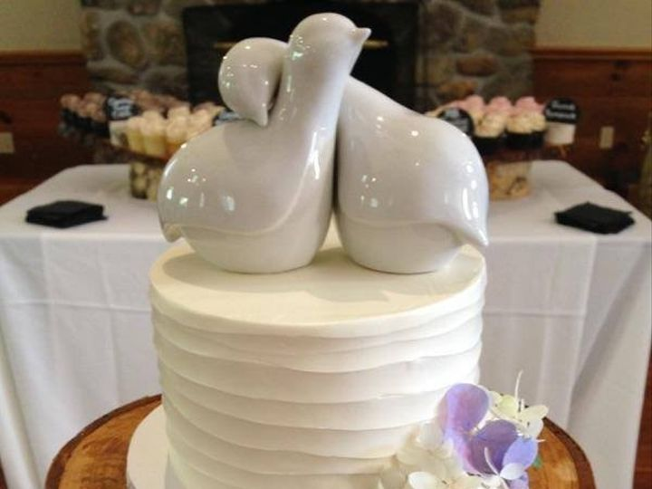 Tmx 1452549403375 1200403910255000741501768107700070947495265n Laconia wedding cake