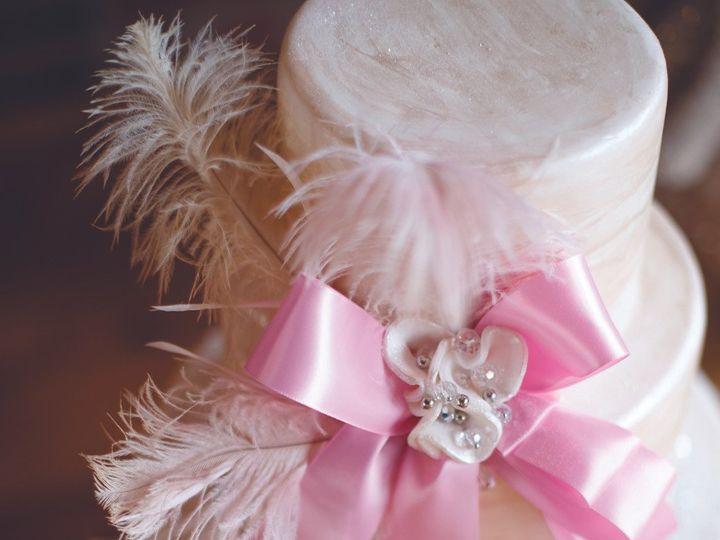 Tmx 1452549591317 Lrb La Piece 70rhcm Laconia wedding cake