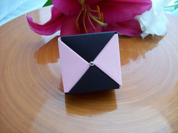 Black and Pink favor box