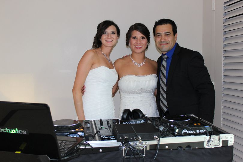 Couple with the dj