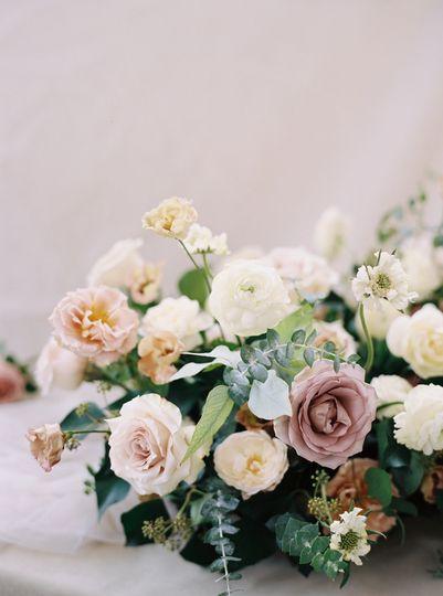 Fall wedding arrangement