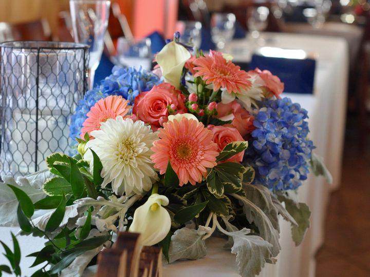 Tmx 1481332050011 Dsc2148 Buchanan, MI wedding florist