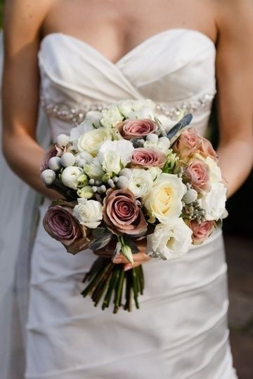 82c0261bbf19ca65 1452594856242 bridal bouquet 2 1