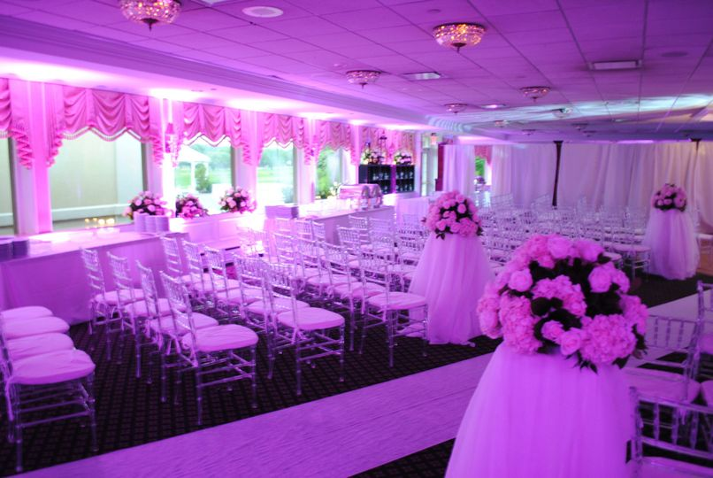 800x800 1404318164811 wedding ceremony leds