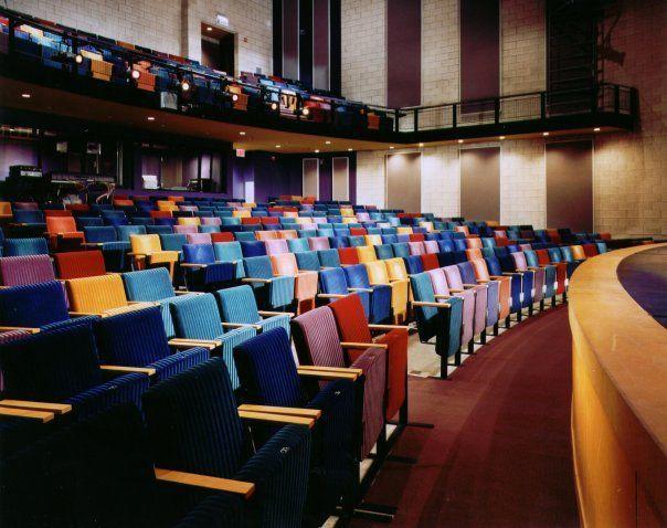 400 seats theater