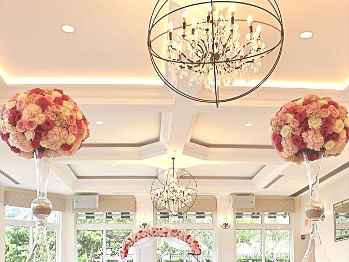Tmx 1532962176 7a3d575a5887d543 1532962175 0f4a528ead22abbf 1532962153158 1 IMG 2665 Hollywood, FL wedding florist