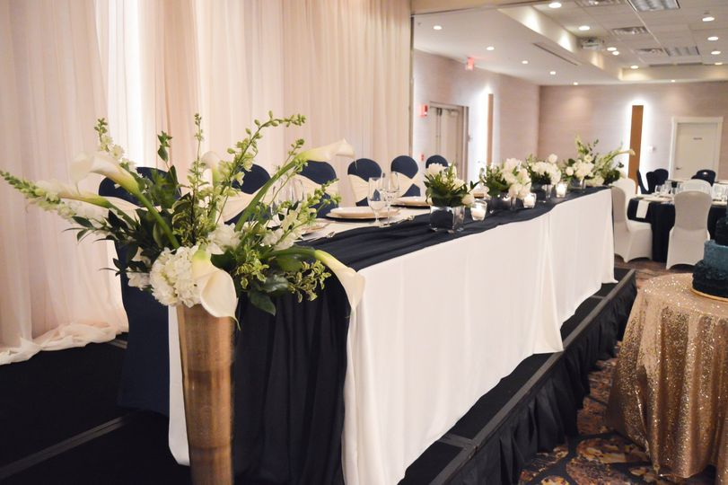 Wedding Setup - Head Table
