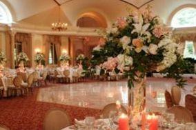 Louis Roros Event Design / Sayrewoods Florist