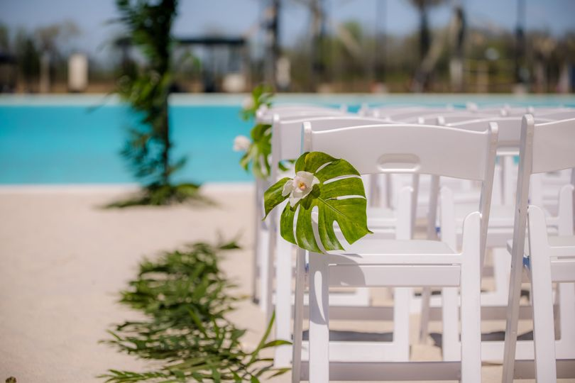Host your wedding in paradise!
