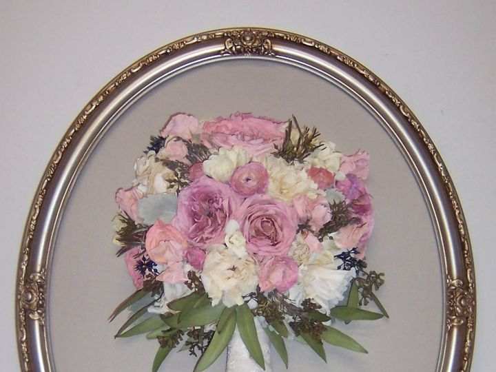 Tmx 1448912253939 16 X 20 Oval Silver With Brown Wash Kristin Mitche Wilmington wedding florist