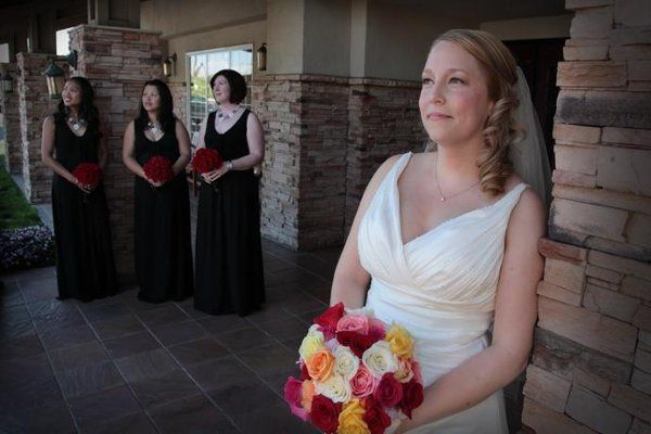 Misty with bridal party at the Larkspur Landing Hotel in Roseville.