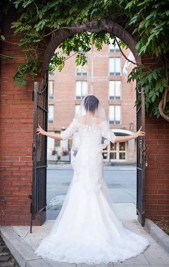 Bridal portrait at Washington Mews, New York City