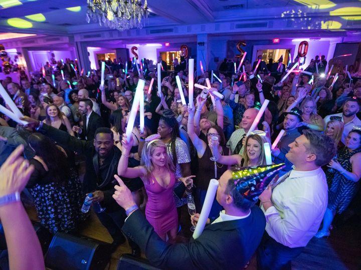 Tmx Dsc 9204 51 27098 158329809867779 Caldwell, NJ wedding band