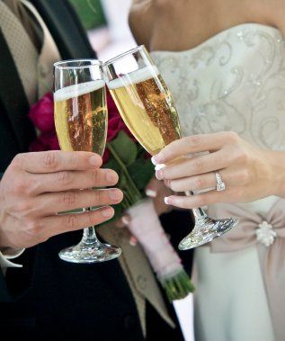 Champagne toasts