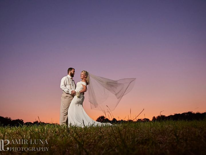 Tmx Bride Groom Sunset In Field 51 1018098 157819362050450 Walnut Cove, NC wedding venue