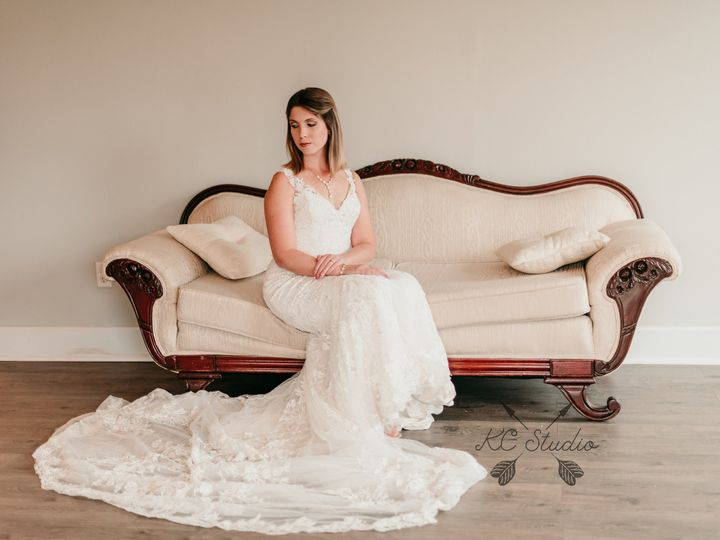 Tmx Bride On Couch 51 1018098 Walnut Cove, NC wedding venue