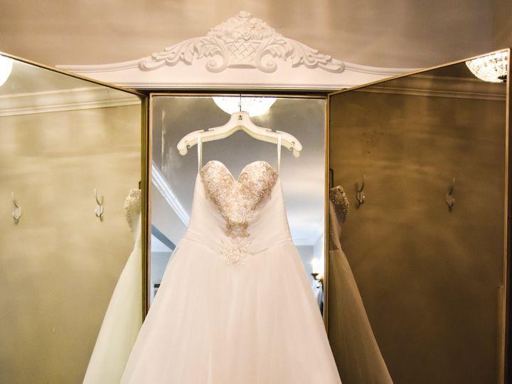 Tmx Dress Hanging 3 Way Mirror 51 1018098 157819365786103 Walnut Cove, NC wedding venue