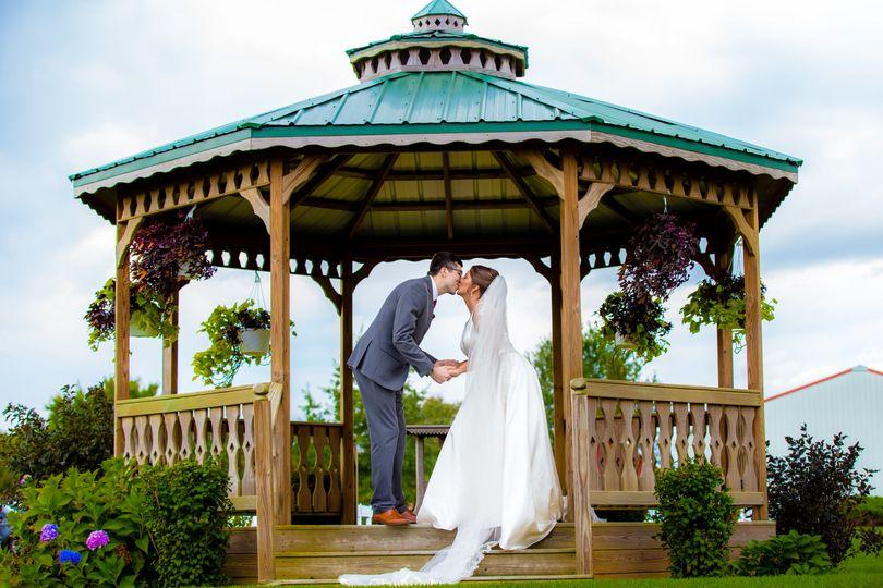 isaiah joys wedding 51 978098