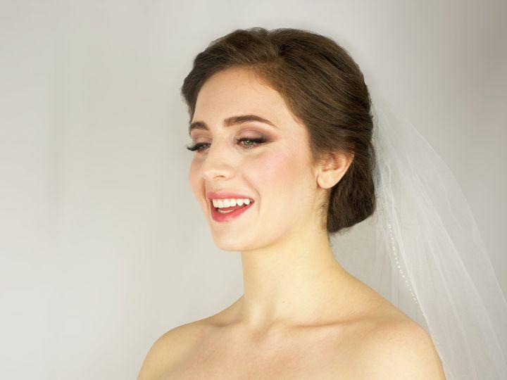 Tmx 1517522132 9f94cecf787e03ac 1517522129 61bf61b4a9c32c9e 1517522117726 1 Stef 3 New York, NY wedding beauty
