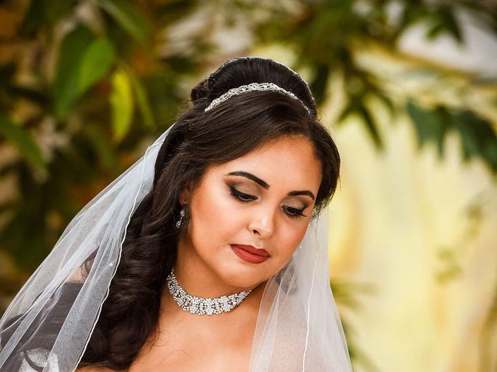 Tmx 1517522139 917ee03892451dca 1517522138 553a2d2a74ce70fd 1517522137876 2 D4S 1866 New York, NY wedding beauty