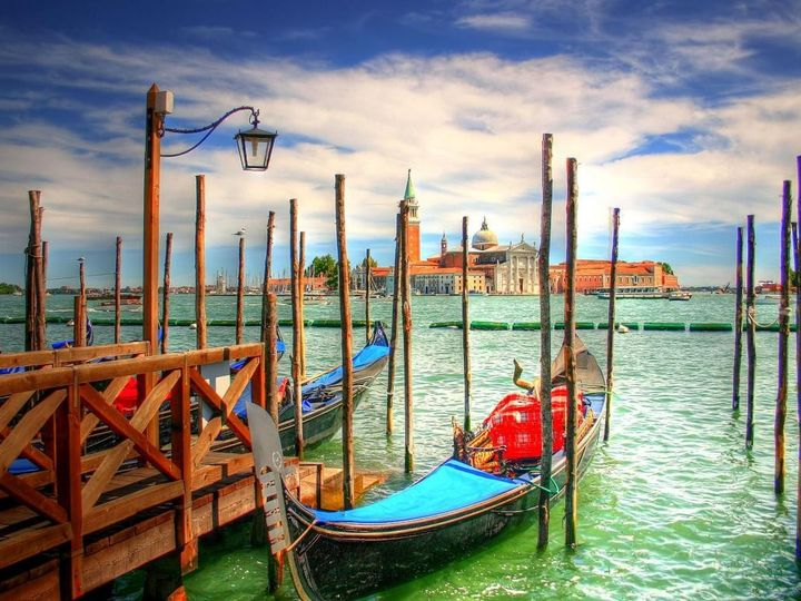 Tmx Italy Venice Beautiful Boats Buildings City Colorful Gondolas 199075 51 110198 1573085032 North Wales wedding travel