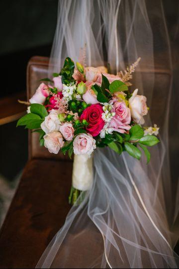 carmen 39 s flowers flowers tampa fl weddingwire. Black Bedroom Furniture Sets. Home Design Ideas