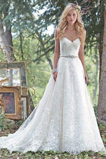 Simple wedding dress with heart neckline