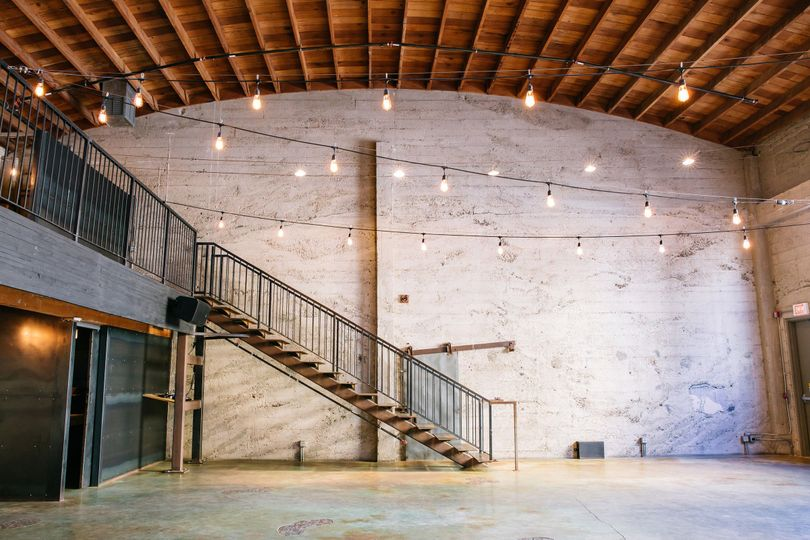fead08a38a03705c 1495474298928 luce loft san diego event space wedding venue