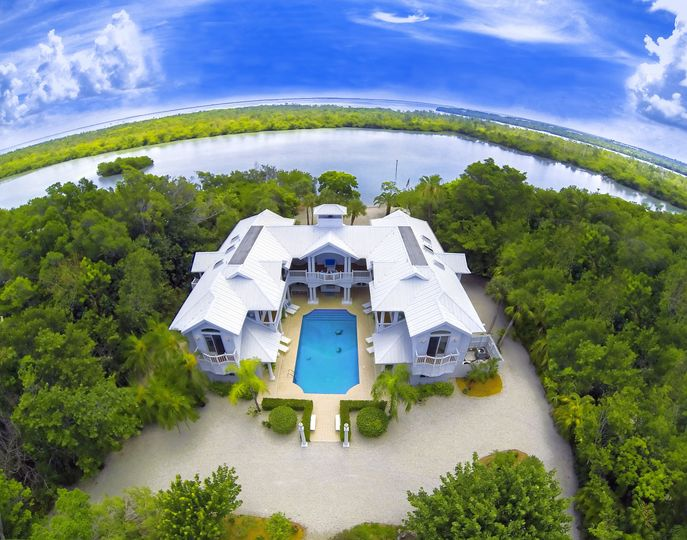 Exterior view of the Sea Oats Luxury Estate Captiva Island