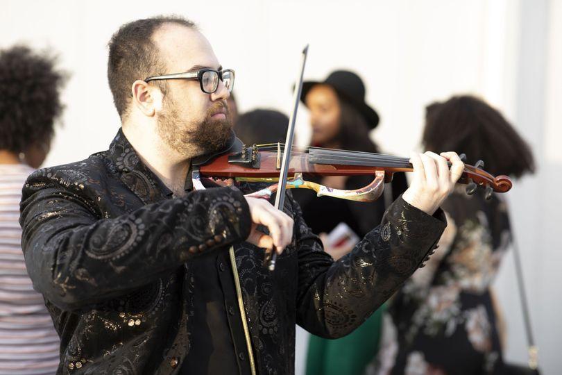 David Bathen Violinist and DJ