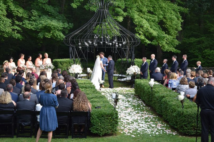 A wedding ceremony at Lord Thompson Manor
