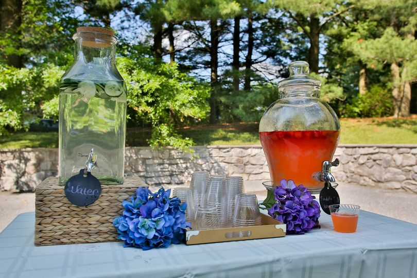 A beautiful drink station was provided to guests prior to the outdoor ceremony.