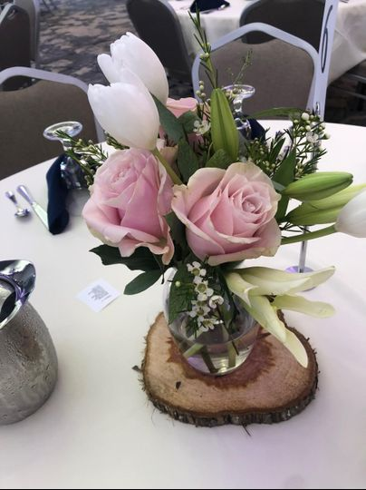Pretty in Pink Centerpiece